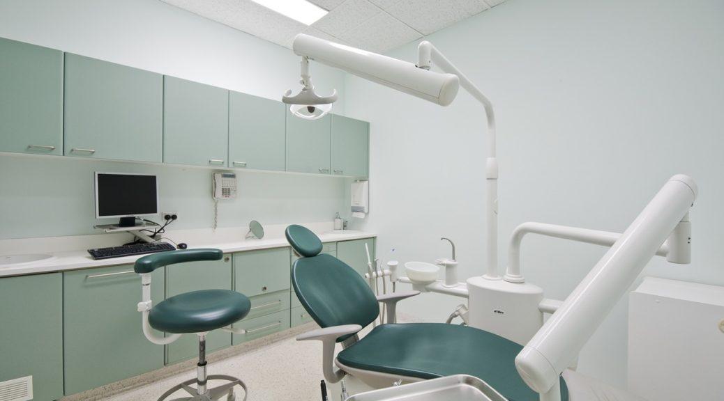 Implanty zębowe Poznań